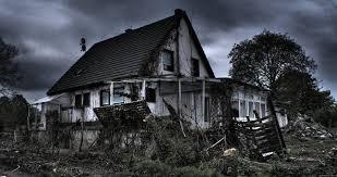 Bữa giờ bận rộn nên mình ko có time kể chuyện ma cho m.n nghe, hôm nay mình xin kể2 câu chuyện mà chính mình là người trải nghiệm trong 2 căn nhà mà chị mình thuê, m cũng ở trong căn nhà đó, rất nhiều thứ kỳ lạ, ko lý giải được… Nhà mặt […]